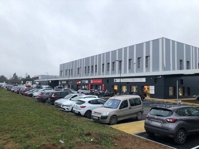 Local commercial Poitiers Rocade Ouest 100m2