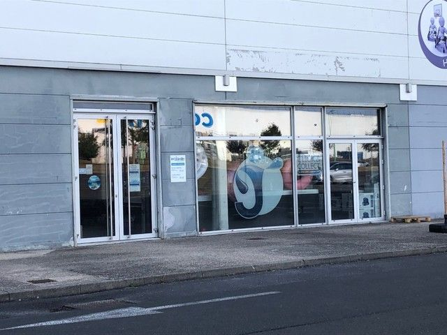Local commercial Niort 280 m2