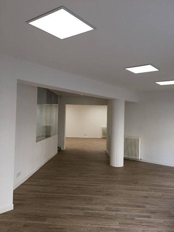 Local commercial Poitiers centre 95 m2